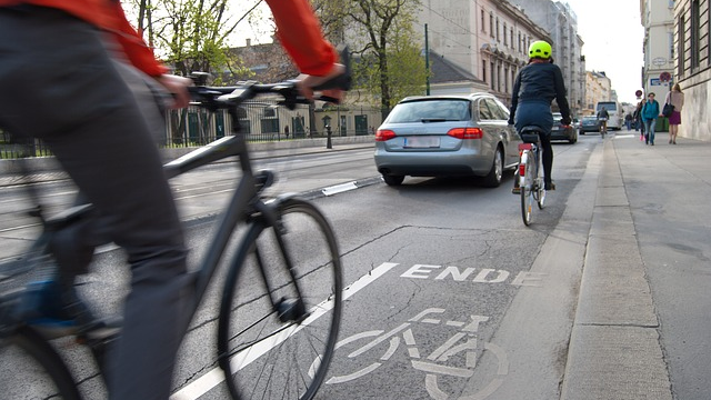 I'm a cyclist, I don't break the law, and I'm not a nob — so why do motorists hate me?